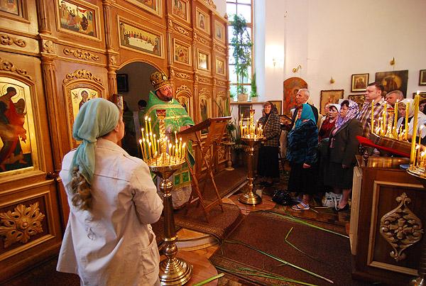 Троица 2009 г.: Проповедь о. Александра.