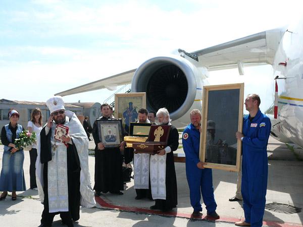 Молебен перед полетом 1 июня 2009