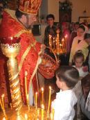 «Христос Воскресе!» - «Воистину Воскресе!». Традиционное Пасхальное «христосование» с самыми маленькими прихожанами нашего храма.